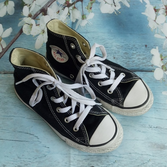 Converse All Star Kids US 13 Hi Tops Lace Up Shoes